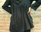 I wonder ....Tunic in striped cotton/wool Blouse.. one size fit S-M