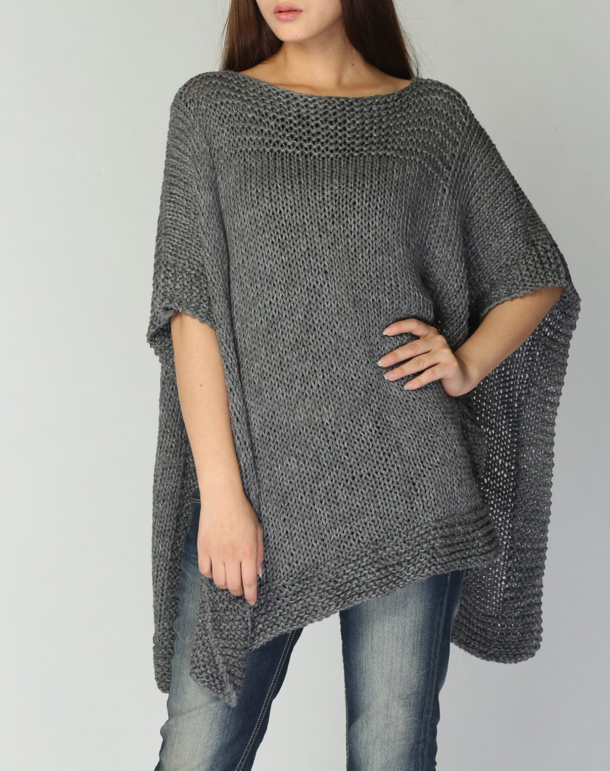 Coser jersey poncho facil hand knitted poncho capelet in - Jerseys faciles de hacer ...