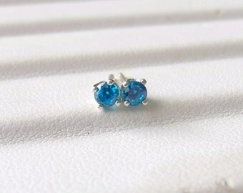 Swiss Blue Cubic Zirconia Stud Earrings Sterling Silver 3mm