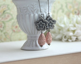 Grey Sakura, Pink Ornate Beads Gold Ornate Lucite Beads Earrings. Maid of Honor. Bridesmaid Gifts. Grey and Pink Wedding. Sister. Birthday.