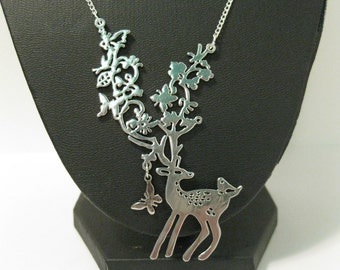 Oh Deer! necklace