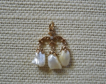 Victorian/Edwardian Natural Mississippi Pearl Diamond Pendant