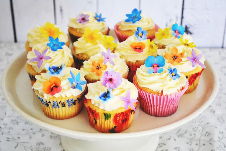 Wedding Cake Topper Wedding Cake Topper - Edible Wild Flower WEDDING ...