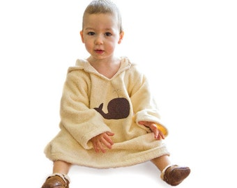 Bath robe in organic cotton for child gift. Toddler bath robe with whale. Natural eco housecoat for kids.