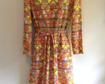 Vintage Hippie, Love Child, Flower Power, POP art dress from 1960.  New old stock.  Leslie Fay.