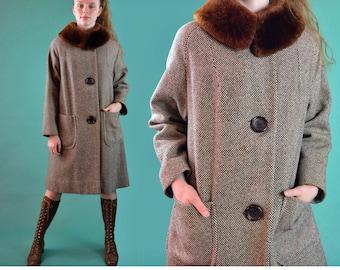 50s Womens Vintage Wool Coat Mouton Fur Collar Swing Coat Large Buttons Trapeze Coat 1950s Womens Dress Coat Mad Men Coat M