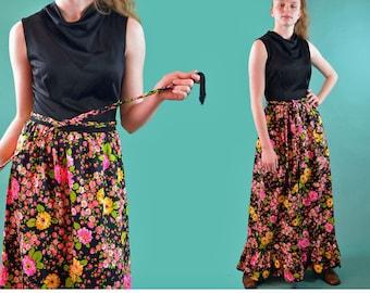 Vintage 70s Maxi Dress Bohemian Maxi Dress Sleeveless 1970s Hippie Floral Dress Ruffle Hem Cowel Neck Braided Belt Boho Maxi Dress S / M