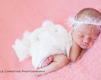 Newborn Tieback Crocheted in Soft White, Delicate and Feminine Photography Prop