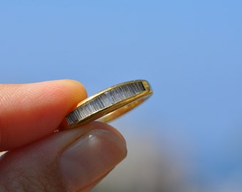 18k Solid Gold diamond band - Vintage size 5.25, channel set diamond band, diamond baguette band