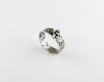 Springtime Moveable Bee Sterling Silver Ring