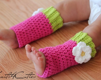 Crochet Baby Leg Warmers, hot pink with white flower, matching to owl hat, girl legwarmers, toddler leggins