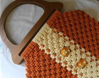 VINTAGE ORANGE MACRAME Bag Wood Handles & Hand Painted Mushroom Accent Boho 1970s Macrame Hand Bag Purse Orange Wood Mushroom Accent Purse