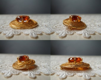 60s brooch/pendant ...vintage Judith Green amber glass & coiled gold mesh chains