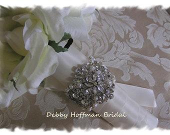 Rhinestone Crystal Pearl Bridal Bouquet Wrap, Jeweled Bouquet Cuff, Pearl Crystal Bouquet Wrap, Rhinestone Wedding Bouquet Cuff, No. 4065BW