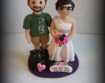 Wedding Cake Topper, Custom Wedding Topper, Bride, Groom and Cat, Anniversary Cake Topper, Personalized, Polymer Clay, Keepsake