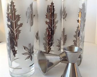 8 Hostess, silver foliage, 15 oz cooler glassware set by libbey in original box