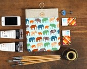 60% OFF Winter SALE White Linen iPad Case with colorful elephants print pocket. Padded Cover for iPad 1 2 3 4. iPad Sleeve Bag.