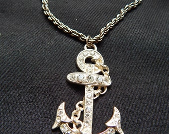 Large vintage 60's silvertone metal rhinestones anchor bombshell nautical pendant necklace with chain