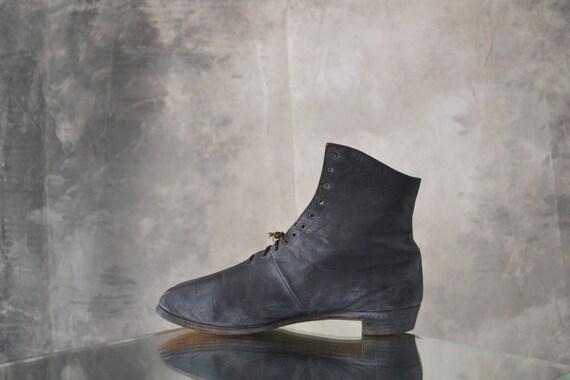 1860s Civil War Era Boot w/ Psychic Reading