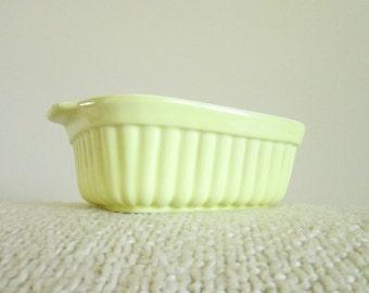 Vintage Pfaltzgraff 1983 FTDA 16 oz Baking Dish, Light Yellow and Green