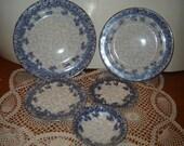 Antique Royal Doulton Flow Blue Daisy / 5 Piece Dish Set / Beautiful