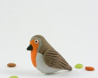 Robin Brooch - Spring jewelry handmade in polymer clay - British birds