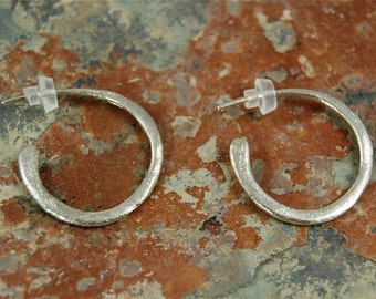 Tribal Hoop Earrings in Sculpted Recycled 14K White Gold.  Medium size hoop earrings, White Gold Hoop Earrings, 14K Gold Hoop Earrings, Gift