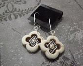 Clover Magnesite Earrings