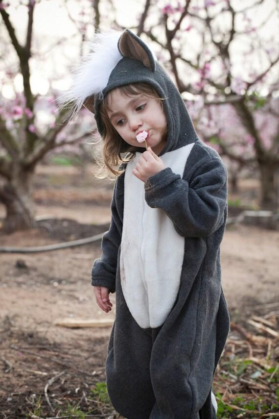 kids halloween costume skunk