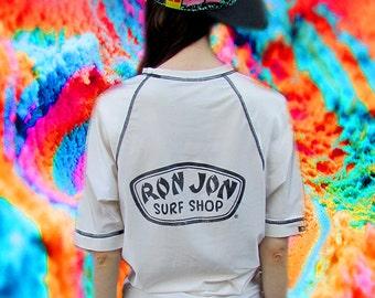 RON JON Surf White Black Surfer Logo Board Shirt Beach