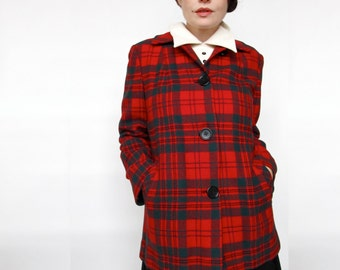 Vintage Pendleton . 1960s Cozy Red & Green Plaid Coat . Women's Size Medium