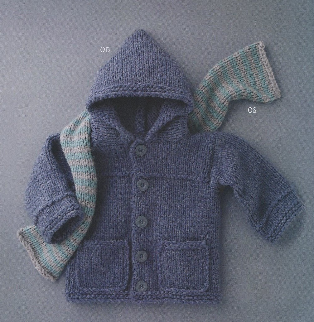ENGLISH Toddler Hooded Coat with Pockets and Scarf Beginner