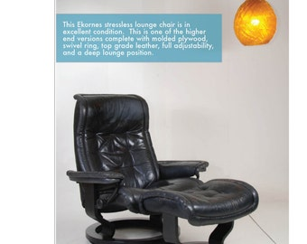 Ekornes Streeless Lounge Chair Recliner with Black Leather and Ottoman