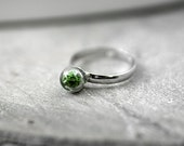 SALE 40%: Sterling ring with real moss - delicate sterling ring with glass pearl filled with real dried moss. Stackable tiny ring for her.