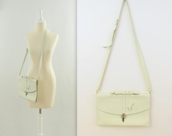 Vintage 1980s Leather Crossbody Purse in Cream w/ Cut Out Detail