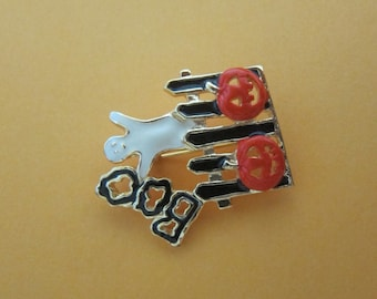 SFJ Vintage Halloween Boo Ghost on a Fence Brooch / Pin