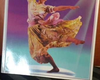 An Usborne Guide: Ballet & Dance by A Thomas and L Smith vintage 1992 illustrated softbound instructional dance book