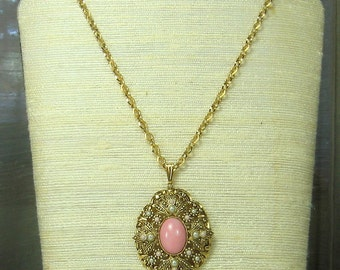 Vintage Avon Filigree Pendant Necklace
