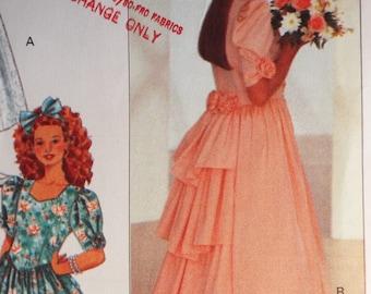Charming Flower Girls dress pattern Butterick 4529 size 12-14