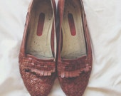 Vintage woven loafers // vintage flats