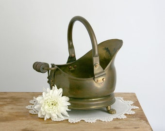 Vintage Small Brass Coal Scuttle with Wooden Handle claw feet garden decor country decor farmhouse