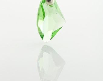 Period Green Swarovski Crystal Necklace - Sparkling Green Swarovski multifaceted crystal pendant on Sterling Silver 925