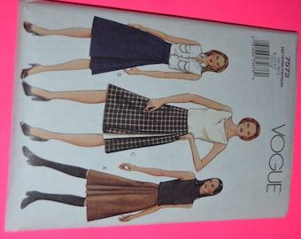 Vogue 7572 Misses-Misses Petite Skirt Sewng Pattern - UNCUT - Sizes  8 10 12