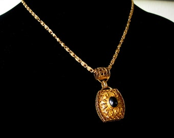 Exquisite Victorian Cannetille Filigree Gold Vermeil witha Black Onyx Cabochon Pendent Necklace