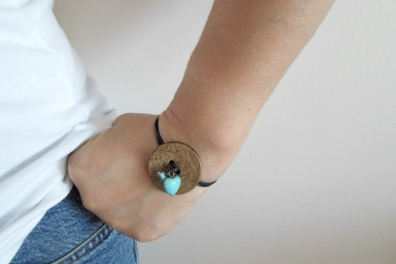 Dark Brown leather cord button bracelet. Turquoise jewellery. Unique