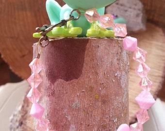 Girl's pink sweetheart bracelet