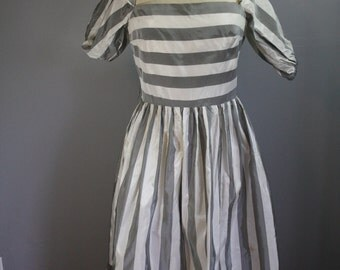 60's Party Dress // Gray Stripes // Large