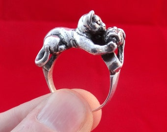 Cat Ring With Ball, Playing Cat Ring, Dancing Cat, Silver Ring 13 gram 925 Sterling Silver Jewelry