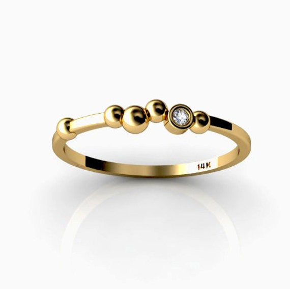 Polka Dot 14K Yellow Gold ring with White Diamond