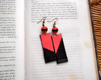 Red/black earrings